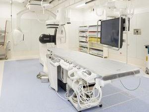 新古賀病院様 血管造影室